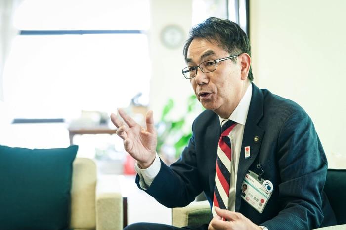 尾道市長の平谷祐宏さん